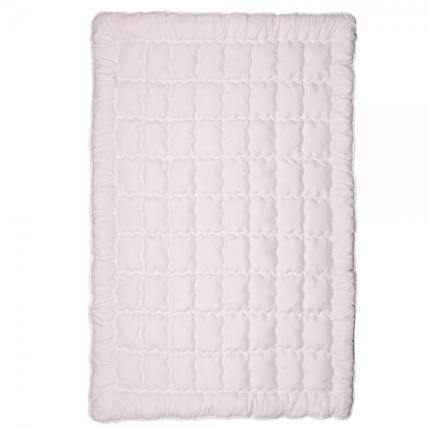 Одеяло демисезонное антиалергенное Нежность ТМ Emily 172х205 см