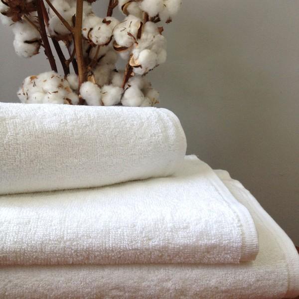 Махровое полотенце Nostra без бордюра белое 50х100 см